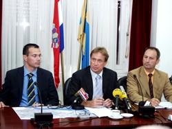 Ministar Kalmeta, državni tajnik Livaković i župan splitsko-dalmatinski Peronja